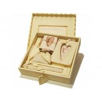 Κουτι ξυλινο αναμνηστικων γαμου.