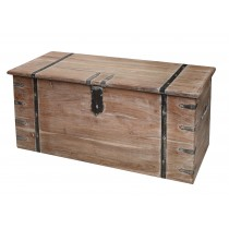Μπαούλο ξύλινο δρύς μασίφ ακατέργαστο με μεταλλικά στοιχεία.